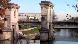 Ljubljanica River Barrier