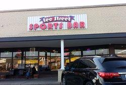 Lee Street Pub