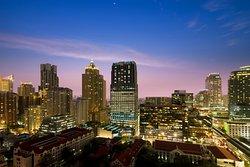 Renaissance Bangkok Ratchaprasong Hotel - Exterior Night