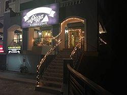 Big Bee's Pizza