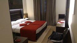 普拉塔尼利萊斯別墅酒店