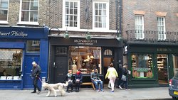 Monmouth Coffee Covent Garden - London