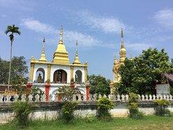 Wat Phra Bat Tai