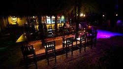 Line Up Beach bar & Lounge