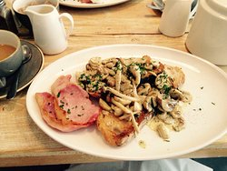 Big Breakfast, Big Price but Big Taste!