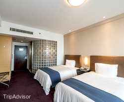 The Standard Twin at the Holiday Inn Express Zhabei Shanghai