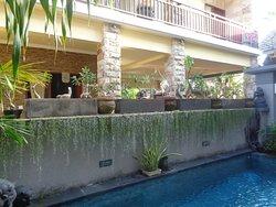 Duck Inn Bali