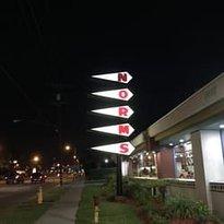 Norm's Restaurants