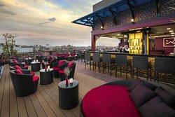 MK Rooftop Bar & Restaurant