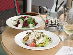 Tomato Lunch Coffee & Tapas Bar
