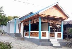 Bira Youzard Guest House