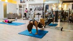 Dang Xinh Yoga & Fitness Center