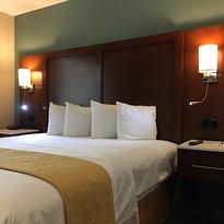 Country Inn and Suites - John Wayne Airport