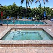 Bonita Resort & Club
