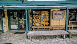 Tuttle's Sea Horse Shell Shop