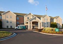 Homewood Suites by Hilton Kansas City Airport