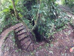 Cuevas de B'omb'il Pek y Jul Iq'
