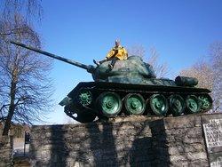 Tank T- 34