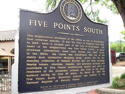 ‪Five Points South‬