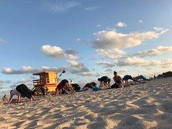 Beach Yoga @ 3rd Street
