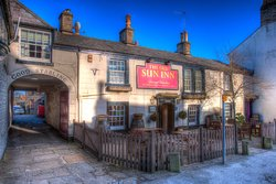 The Old Sun Inn