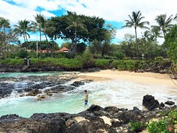 Pa'ako Beach (Secret Cove)