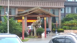 Jinglong Hotel