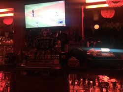 Hank's Bar