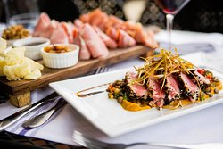 Mercato Italian Restaurant & Bar