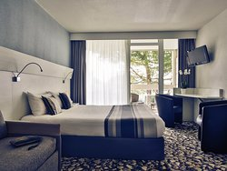Mercure Les 3 Iles Chatelaillon Plage Hotel