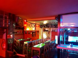 Bar 105