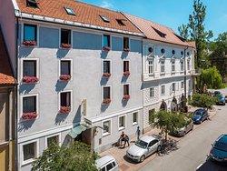 Hotel Mrak