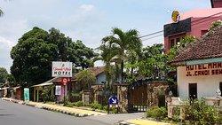 Candi View Hotel