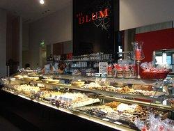 Cafe Blum