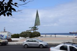 Monumento a la Vela Latina