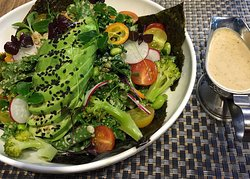 Mandolin Bistro-Cafe