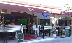 "Cafe ""La Bachor"" Bar"