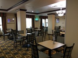 Holiday Inn Express Childress--inside view of restaurant