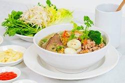 Ong Muoi Quan - Hu Tieu Nam Vang