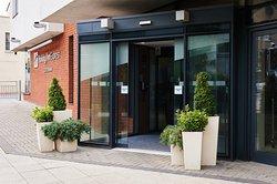 Holiday Inn Express Cheltenham