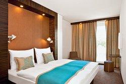 Motel One Salzburg-Sud