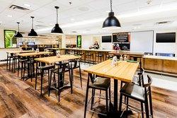 Holiday Inn & Suites Atlanta Airport - North