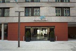 Motel One Stuttgart-Hauptbahnhof