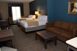 Holiday Inn Express & Suites Goldsboro - Base Area