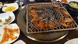 Seolhwa Hardwood Charcoal Chicken Ribs