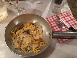 Great pasta, bustling place!