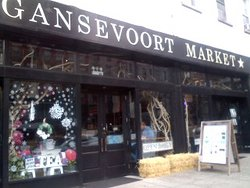New Gansevoort Market