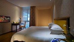 Qianguqing Theme Hotel