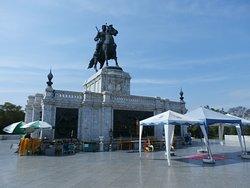 King Naresuan Monument