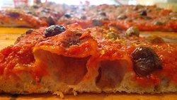 Nuova Santa pizza Pinseria Brasserie